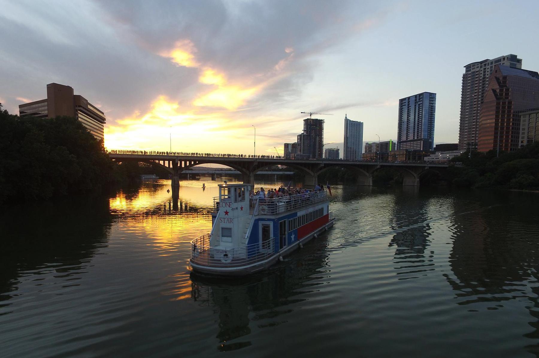 bp-lone-star-riverboat-05